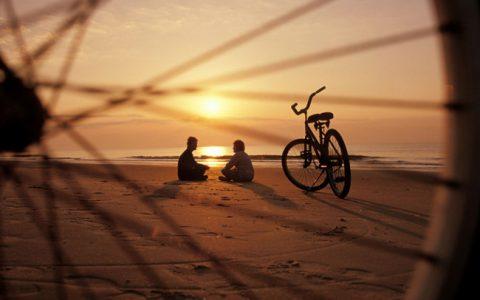 Amateurs de vélo de 50 ans et plus et de voyages, sortez votreagenda !