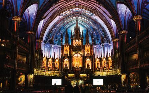 Aura : l'expérience lumineuse à la Basilique Notre-Dame