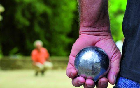 De la pétanque à en perdre la boule