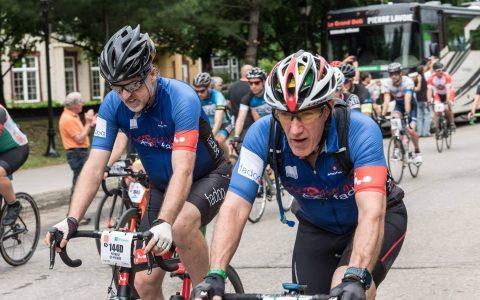 L'équipe cycliste FADOQ – Énergie grise Argon 18 est complète