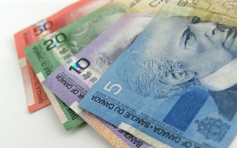 Encourager la littératie financière pour prévenir la maltraitance