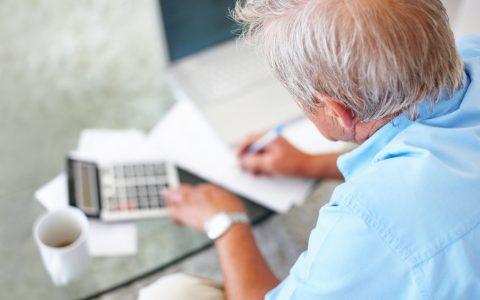 Budget Morneau : le Réseau FADOQ veut plus de revenus pour les aînés