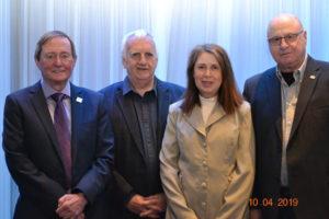Comité exécutif, dans l'ordre habituel Daniel Morin, président, Marcel Couture, trésorier,  Micheline Bétournay, secrétaire, et Camille de Varennes, vice-président.