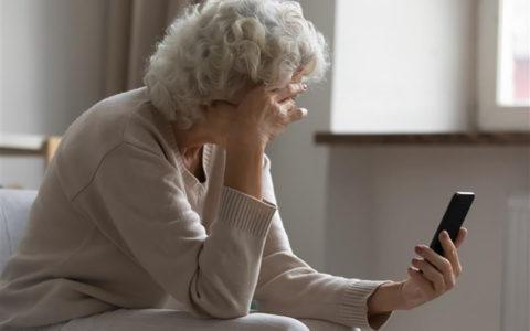 La fraude «grands-parents» : ne tombez pas dans le panneau!